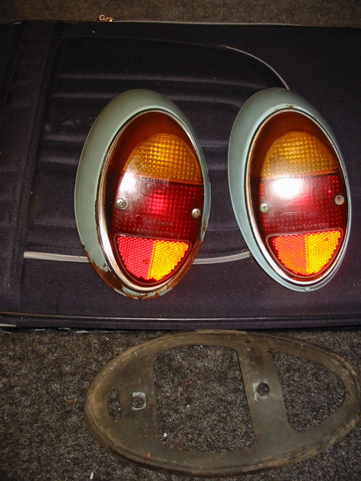Volkswagen rear lights - VW beetles - 1950s