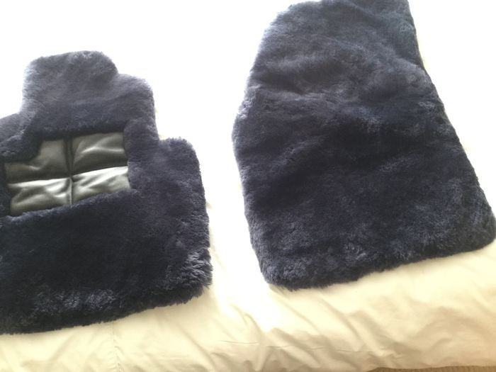 Bentley sheepskin floor mats (moorlands)
