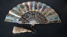 Fan in mother-of-Pearl, Napoleon III period, France, 19th.