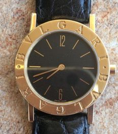 Bulgary 18k gold Medium size Ladies Wrist Watch