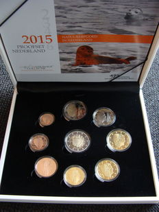 "The Netherlands - Year pack of Euro coins 2015, including 2 Euro ""30 years of the European flag"""