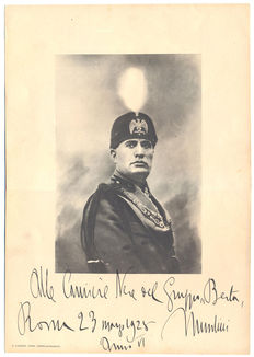 Signed; Autographed poster of Duce Benito Mussolini - 1928