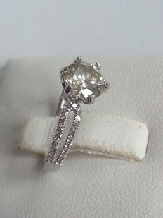 Solitaire Diamanten ring met 1,39 aan diamant