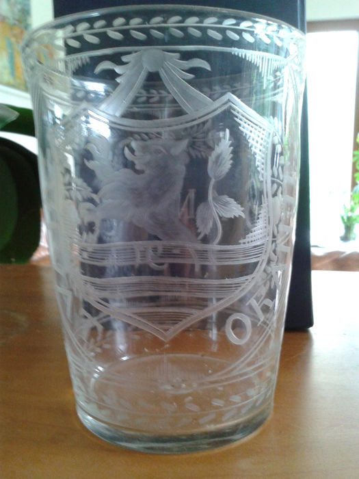 Dutch-engraved orangist armorial glass beaker, Holland, circa 1791