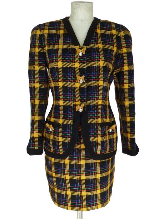 Gai Mattiolo – Suit with jacket and skirt, wool check, vintage, with buttons with Swarovski-type stones