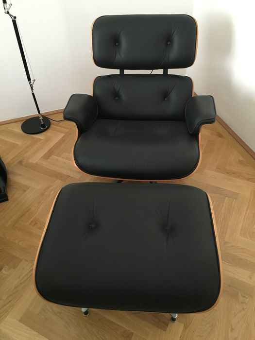 charles ray eames pour herman miller fauteuil lounge et fauteuil bas catawiki. Black Bedroom Furniture Sets. Home Design Ideas