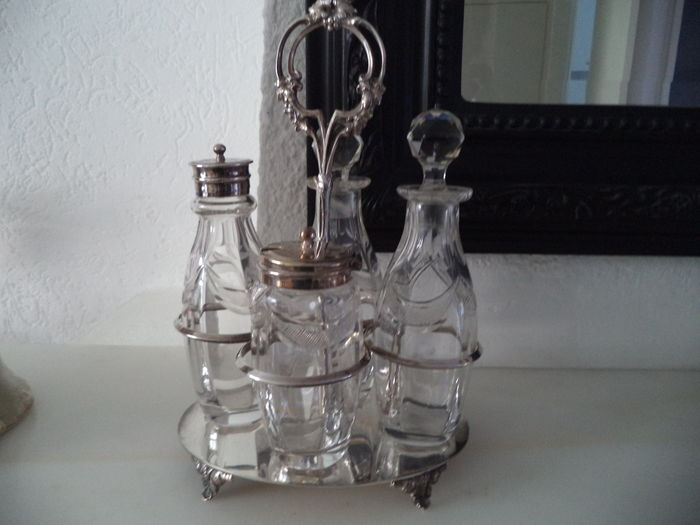 Antique English condiment/ menage /cruet set /silver plated holder