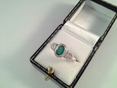 Ring, white gold, with emerald and diamond