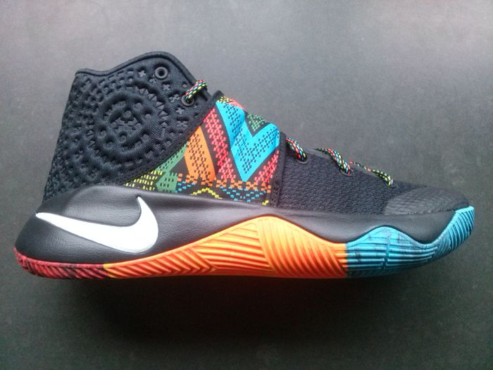 official photos b5d11 45109 Nike Kyrie 2