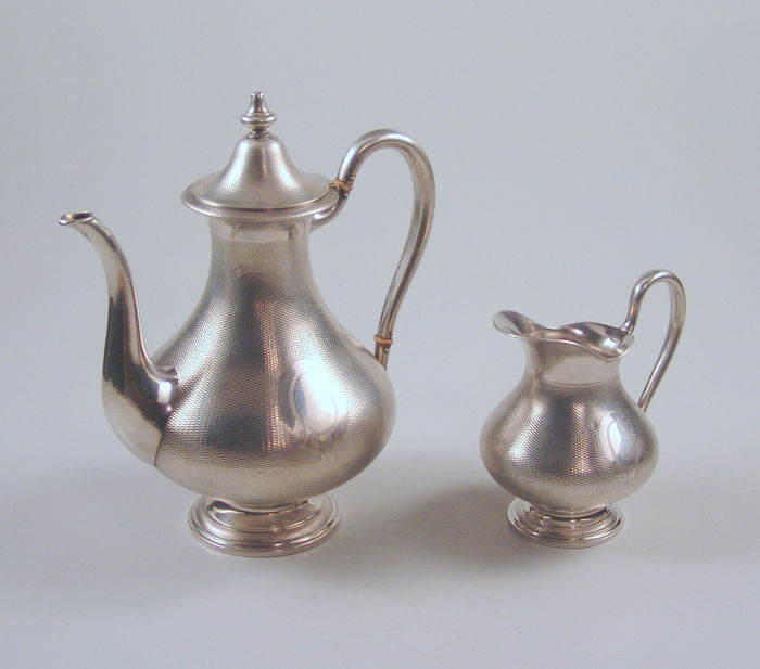 Coffee pot with cream jug - silver 13 lot, 775 gram