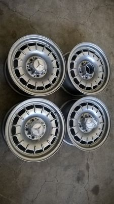 4 x alloy wheels Mercedes SL Pagoda period 70s