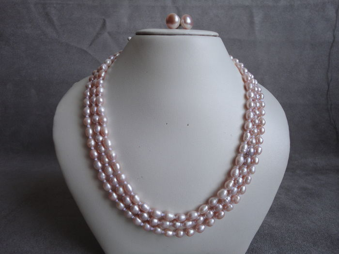 6cf12b205 Light pink freshwater pearl necklace with silver pearl earrings - Catawiki