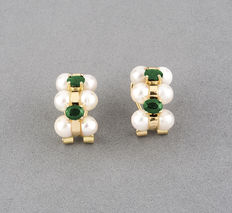 Yellow gold earrings, with oval cabochon cut emeralds and Akoya salt water cultured pearls measuring 4.80 mm in diameter