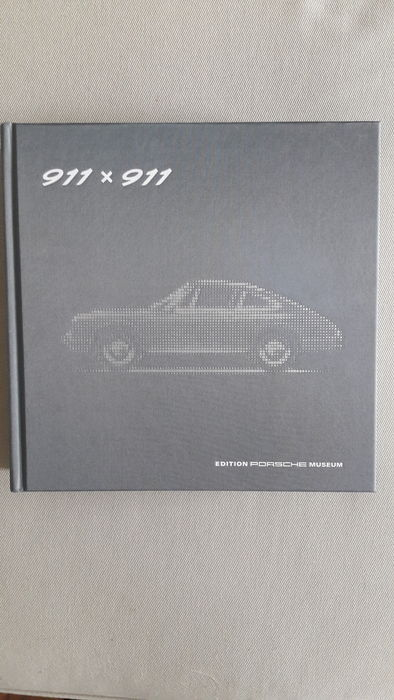 Original Porsche Museum 911 x 911 book - 50 years of 911