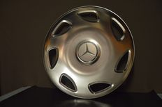 Mercedes-benz, truck decorative cap, beginning 21st century
