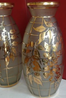 "2 x Vases of the brand ""Adat""- etched and painted with gold and silver."