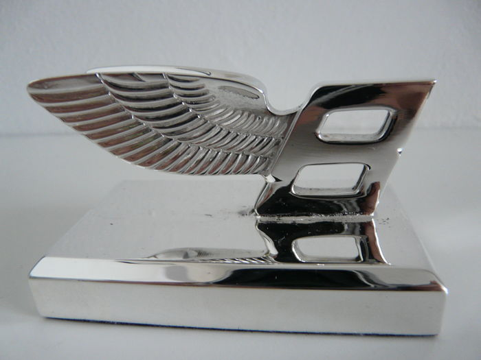 "Beautiful Silver plated Bentley ""Flying B"" mounted Car Emblem/Mascot"