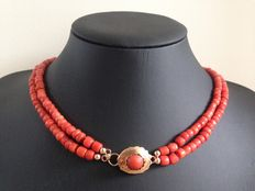 Old Dutch precious coral necklace, 2 strands with a 14 kt gold clasp.