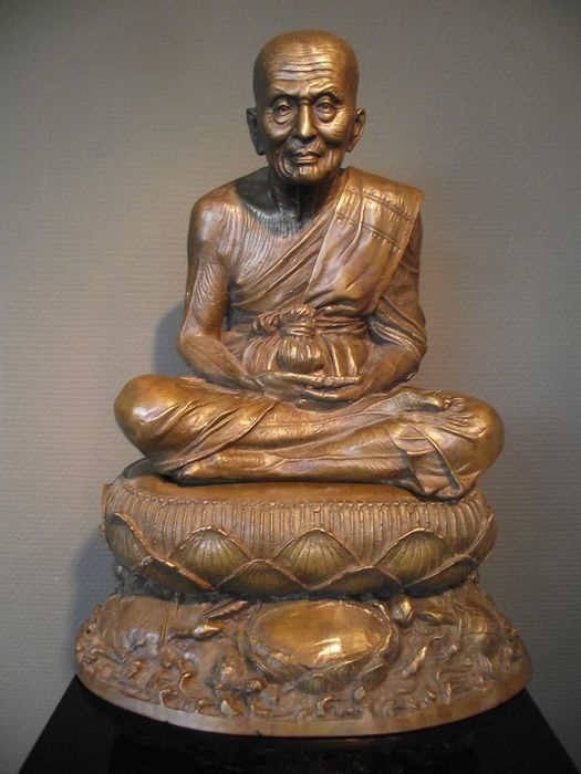 Large bronze Buddhist monk on throne – Thailand – 2nd half of the 20th century