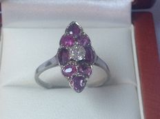 White gold 14 kt women's ring with diamond old cut 0.23 ct and 8 untreated rubies.
