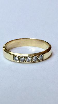 14 kt yellow gold ring with 5 brilliant cut diamonds, 0.30 ct, VS