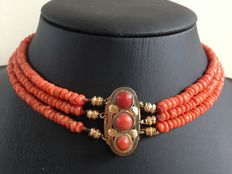 3-strand traditional Dutch red coral necklace with 18 kt gold clasp