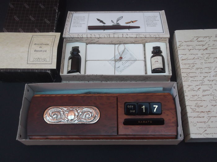 Calligraphy Pen Set - Table perpetual calendar box