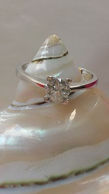 Recarlo – Ring with diamond 0.47 ct F-G IF/VVS1 in 18 kt gold – size 16 mm