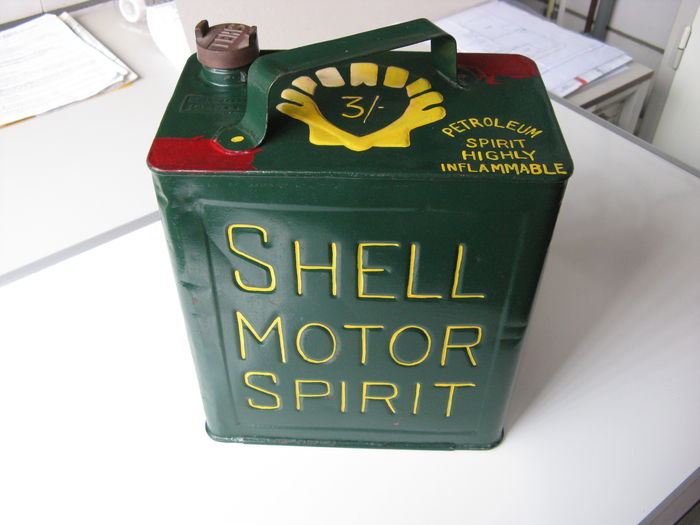 Very old Shell gasoline can