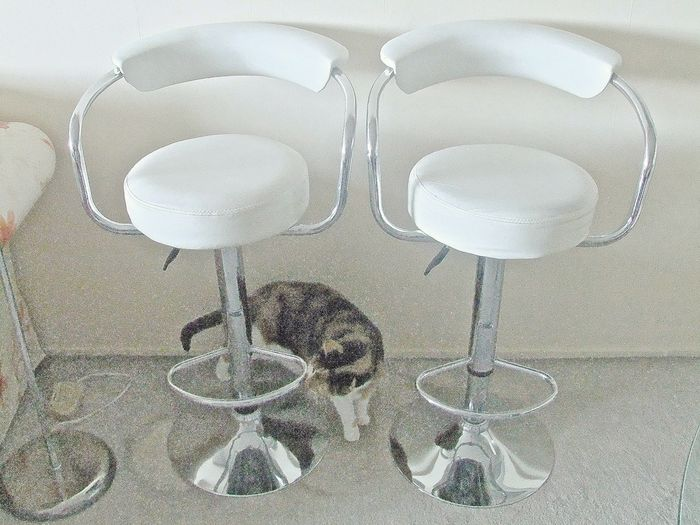 Peachy Two Stylish Chromed Steel Bar Stools Dinette Stools Catawiki Gmtry Best Dining Table And Chair Ideas Images Gmtryco