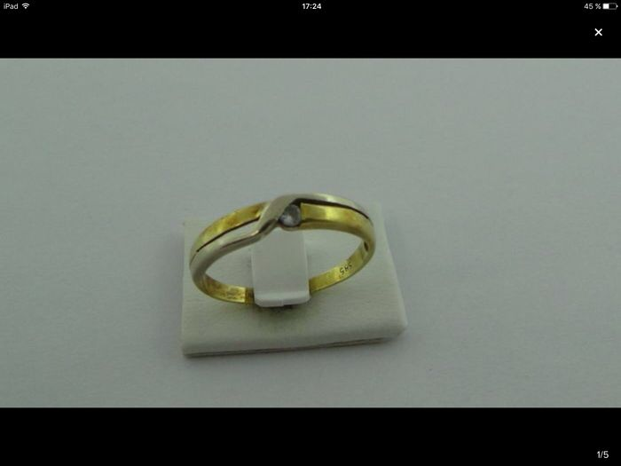 Anello in oro 14 kt con zirconia