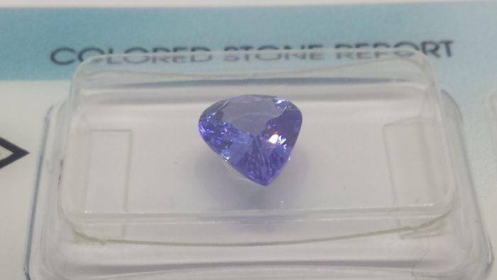 1 pcs Blue, Violet Tanzanite - 1.35 ct