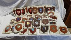 Set of 46 crest of military bodies and Italian police