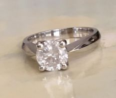 White gold 18 kt solitaire women's ring with brilliant cut diamond approx. 1.30 ct, H/I2