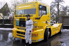 Original FIA-racing overall - Egon Allgäuer European champion in the Truckrace - 2002