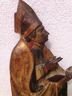 Relief wooden figure of a bishop - Germany/Austria - 16th century