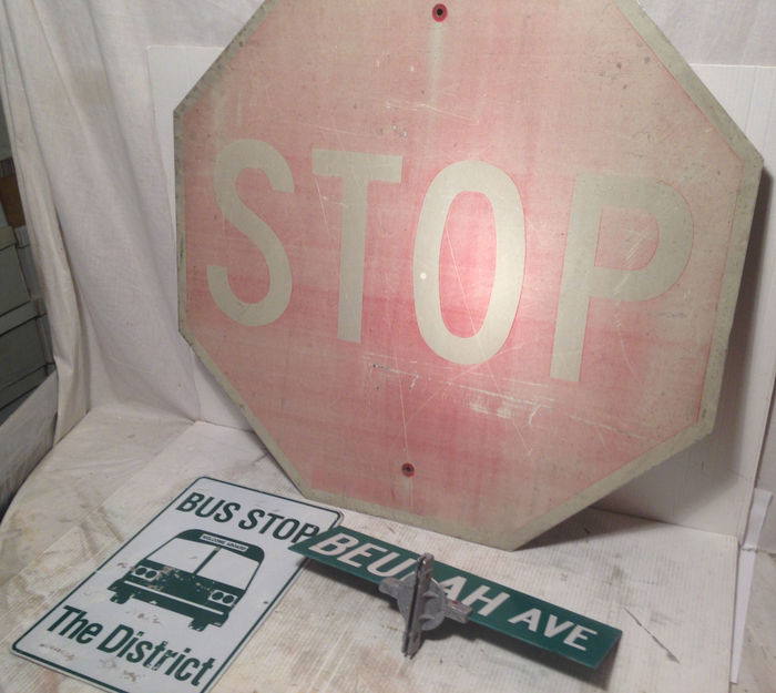 3 original street signs from the area of Chicago, Illinois, USA
