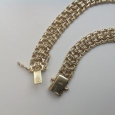 Necklace made of 14 kt gold