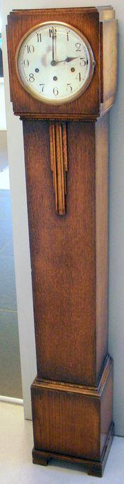 Oak wood art deco granddaughter standing clock -  approx. 1920