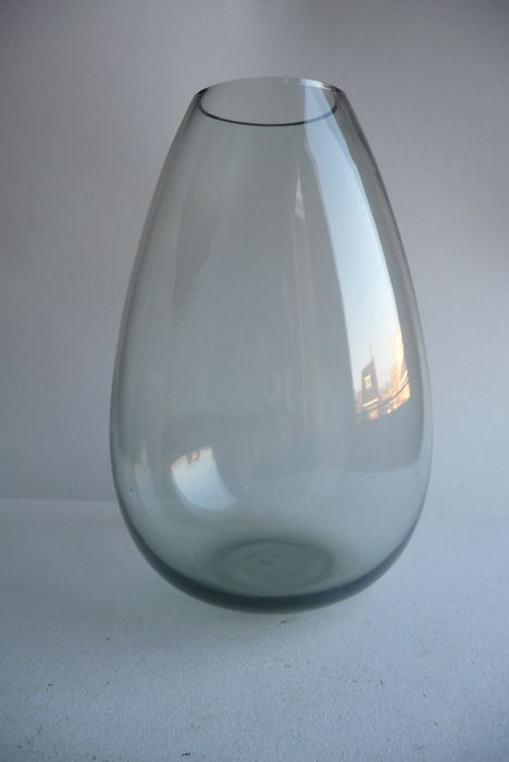 A.D. Copier (Leerdam)-Drop Vase