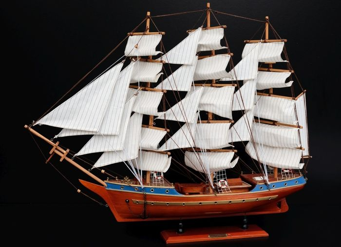 Wooden Vintage Sailboat 83cm- Constitution 1797 - Handcrafted Model Ship Decor