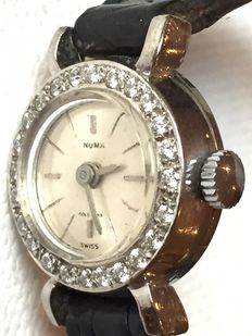 Numa-Ladies- 24 Diamonds- 18 K-1970-very rear-Swiss Made