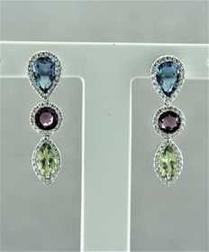 Earring in 18kt white gold set with diamonds and semi precious stones - Length: 3cm