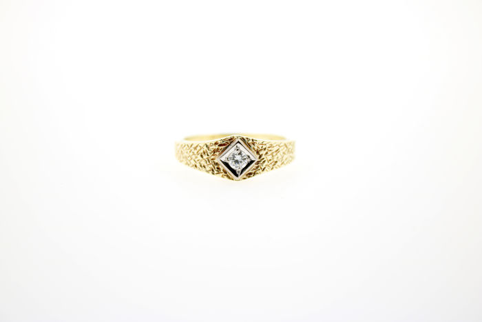 14kt gold ring - brilliants 0.12ct - size 56