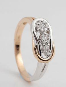 18kt diamond ring 0.16ct