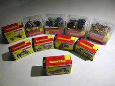 Schuco Piccolo - Scale 1/87 - Collection of 10 motorbikes, 5 of them with a sidecar