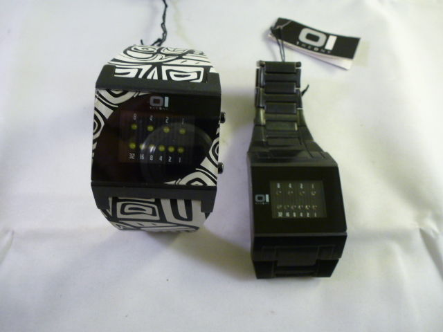 Lotto di due orologi - The One Binary - anni 90