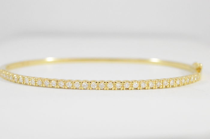 Yellow gold diamond bangle with top quality brilliant - 60 * 50 mm