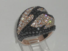 Signed RI - 14kt Rose Gold Diamond Cluster Ring - size 7