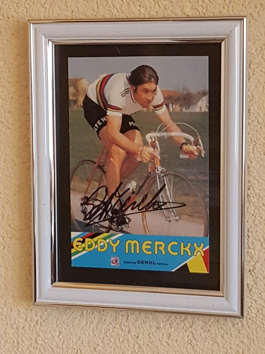 Eddy Merckx - Beautiful old framed photo card - original signed + COA.